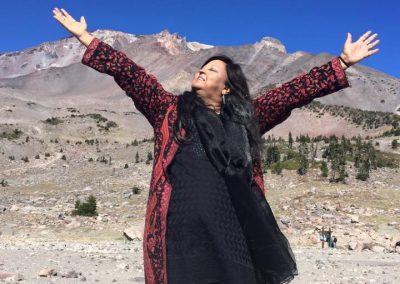 Mynoo invoking Mount Shasta